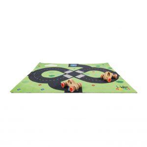 Foto: Straßenteppich mit Straße in Form einer 8er-Schleife