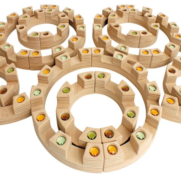 Colloseum von Regenbogenland Konstruktion mit Holzbausteinen für Kinder in Kindergarten- und Schulalter