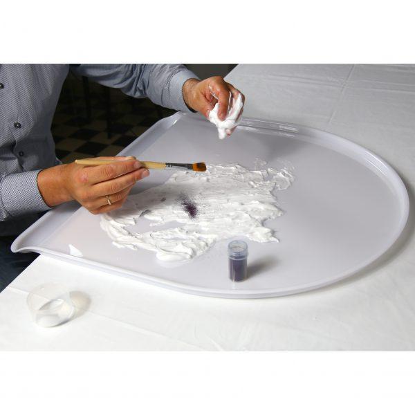 Foto: Rasierschaumexperiment auf Tischaufsatz