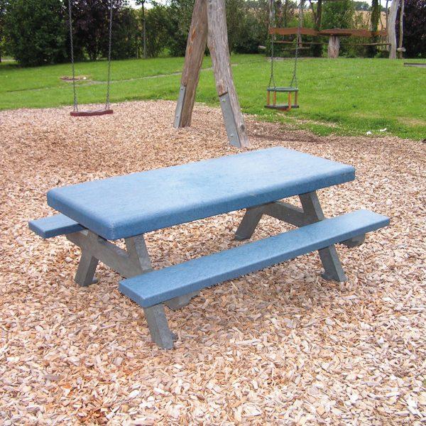 Foto: Kinder-Picknicktisch aus recycling-Kunststoff blau