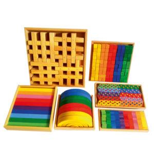 Standard-Bauset mit Gitterklötze natur bestehend aus 6 verschiedenen Holzbausteine-Sets für Kinder