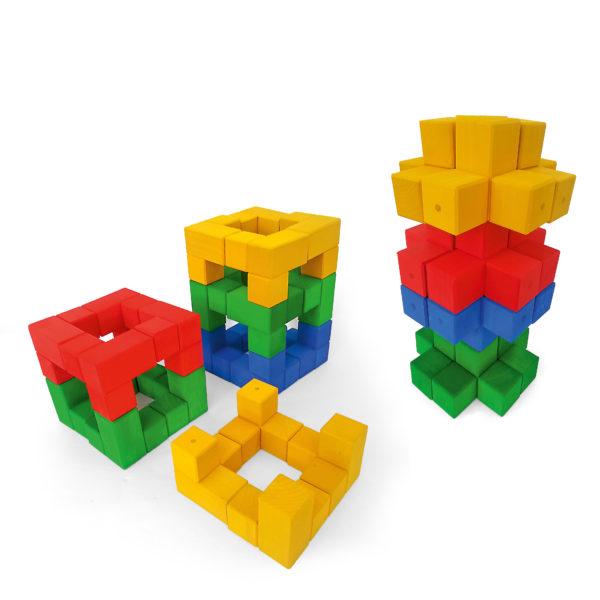 Bauwerke aus Junior-Winkelwürfel bunte Holzbausteine für Kinder von Bauspiel