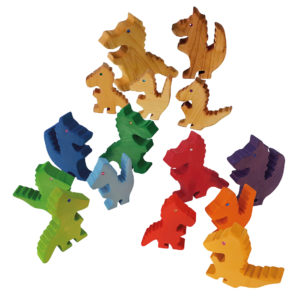 Drachen aus Holz mit Glitzer-Augen zum Spielen für Kindergarten-Kinder