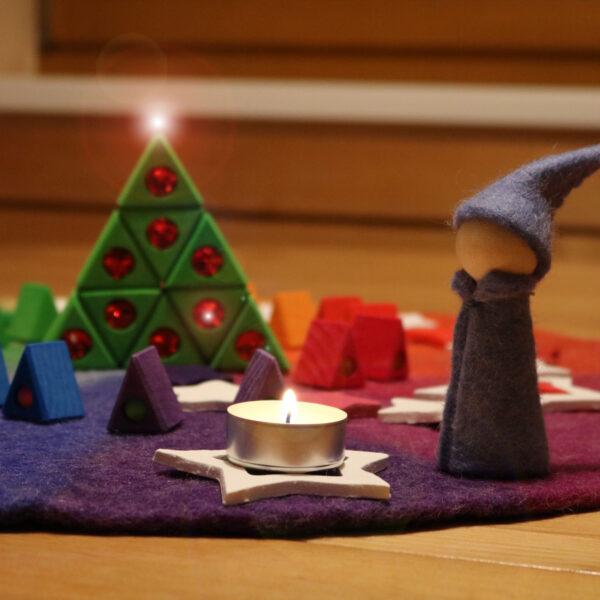 Advent feiern mit Kindern im Kindergarten mit Bauspiel Materialien