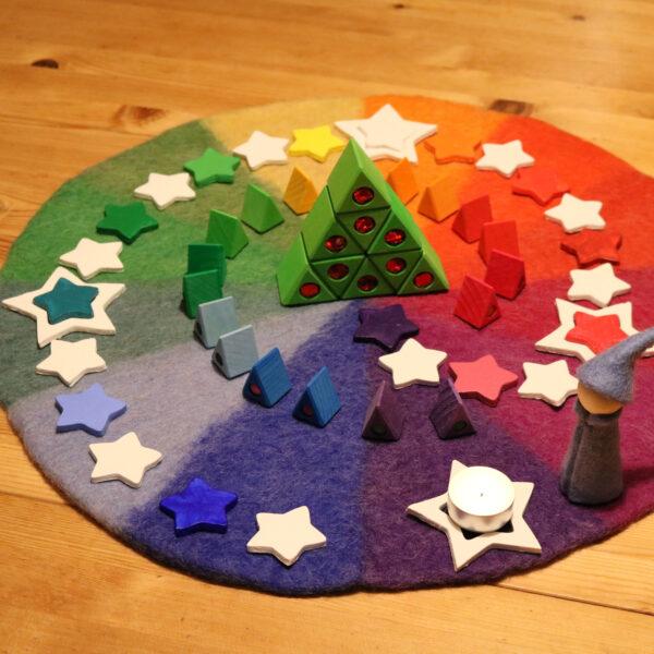 Farbenkreis im Advent mit Bauspiel Materialien