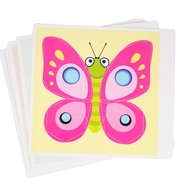 Beispielbild einer Vorlagenkarte des Flexipainters für Kinder ab 3 Jahren. Zu sehen ein Schmetterling