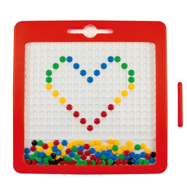 Beispielbild: Mittels der bunten Steinchen des Magnetspiels von beleduc wurde ein Herz gezeichnet