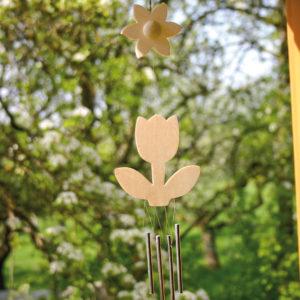 Windspiel aus Holz in Tulpenform zum individuellen Gestalten für Kinder im Kindergarten- und Schulalter