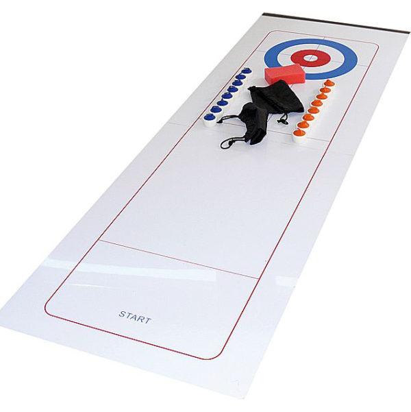 Inhalt des Indoor-Culing-Sets: Platte, Begrenzungsstab (magnetisch), Schwamm, Aufbewahrungsbeutel, 16 Curlingsteinen in 2 Farben