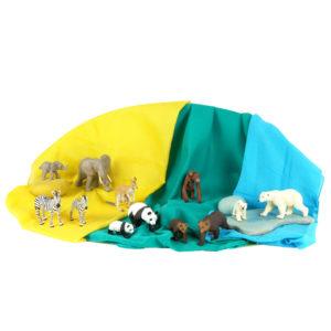 """Tierfiguren-Set """"Tiere dieser Welt"""" bestehend aus 12 unterschiedlichen Tieren - vom Zebra bis zum Känguru"""