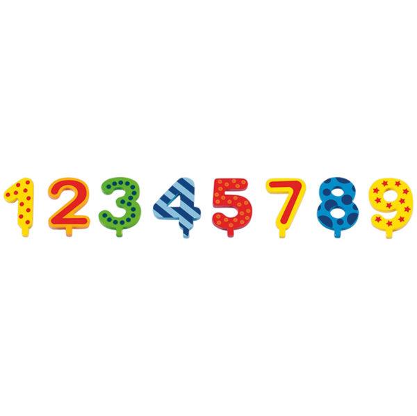 Holzzahlen von 1 bis 9 passend zur Geburtstagsraupe Camila
