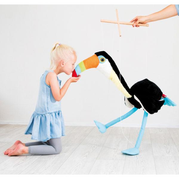 Marionette Tukan Toni