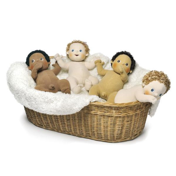 Puppen aus Stoff für Kleinkinder und Kindergartenkinder