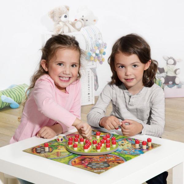 Hexenküche ist ein Spiel für Kinder im Kindergarten- und Schulalter