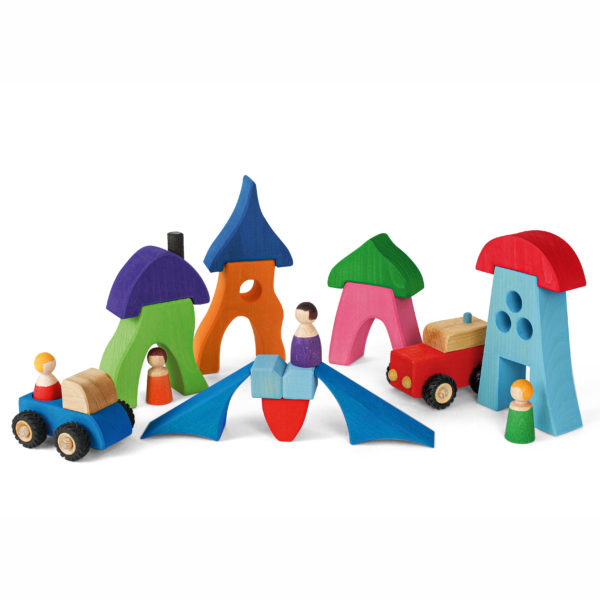 Fantasiedorf aus Holzbausteinen für das kleine Rollenspiel