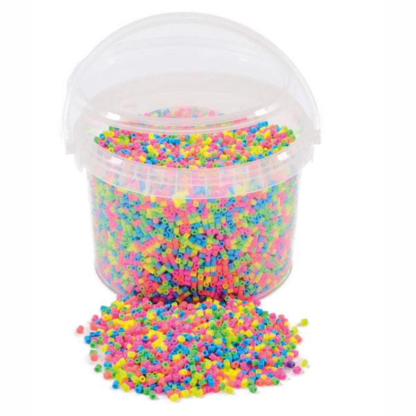 Kübel mit Bügelperlen Pastell
