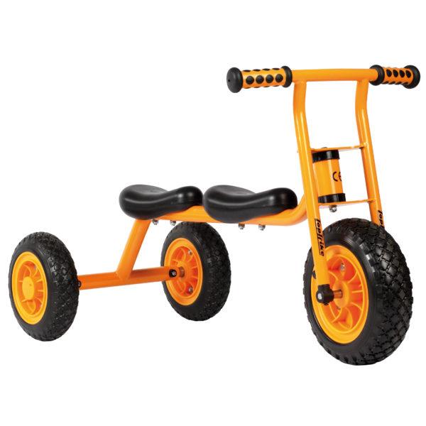 Seitenansicht des Laufrads Tandem, das für doppelten Fahrspaß sorgt und gleichzeitig die Koordination und das soziale Miteinander von Kinder ab 2 Jahren schult.