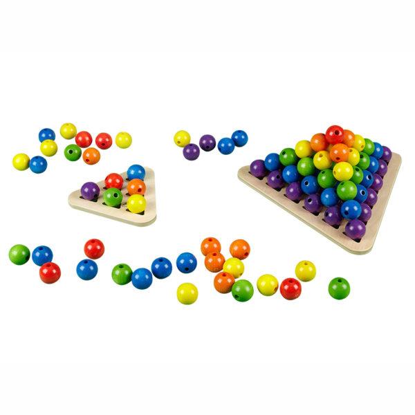 Spielen mit Holzkugeln von olifu