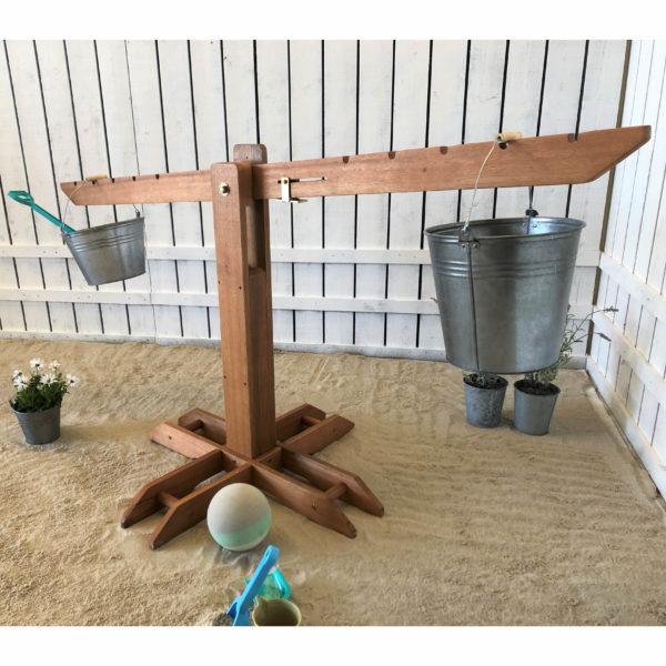 Riesen Outdoor Holz-Waage für Kinder in Kindergarten- und Schulalter