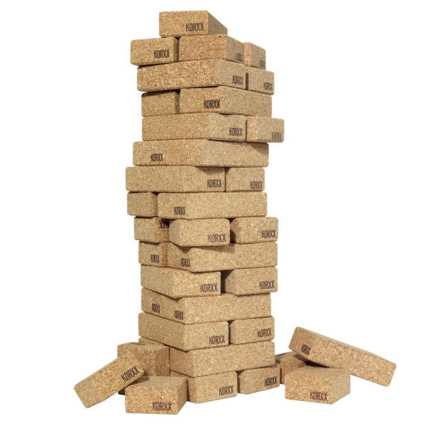 Turm aus Kork Bausteinen von KORXX