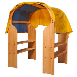 nic Spielhaus mit Tüchern