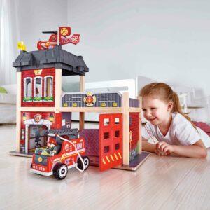 Großstadt Feuwerwache Rollenspiel Feuerwehr