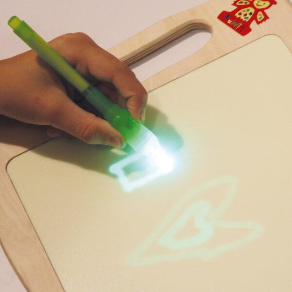 Leucht Tablet Licht-Zeichentafel für Kinder in Kindergarten- und Schulalter