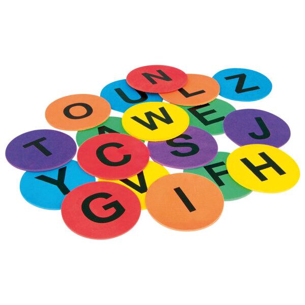 Bodenbuchstaben Lernen von Buchstaben